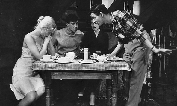 Angry young man Ö Kenneth Haigh (right) as Jimmy Porter, with Helena Hughes, Alan Bates and Mary Ure